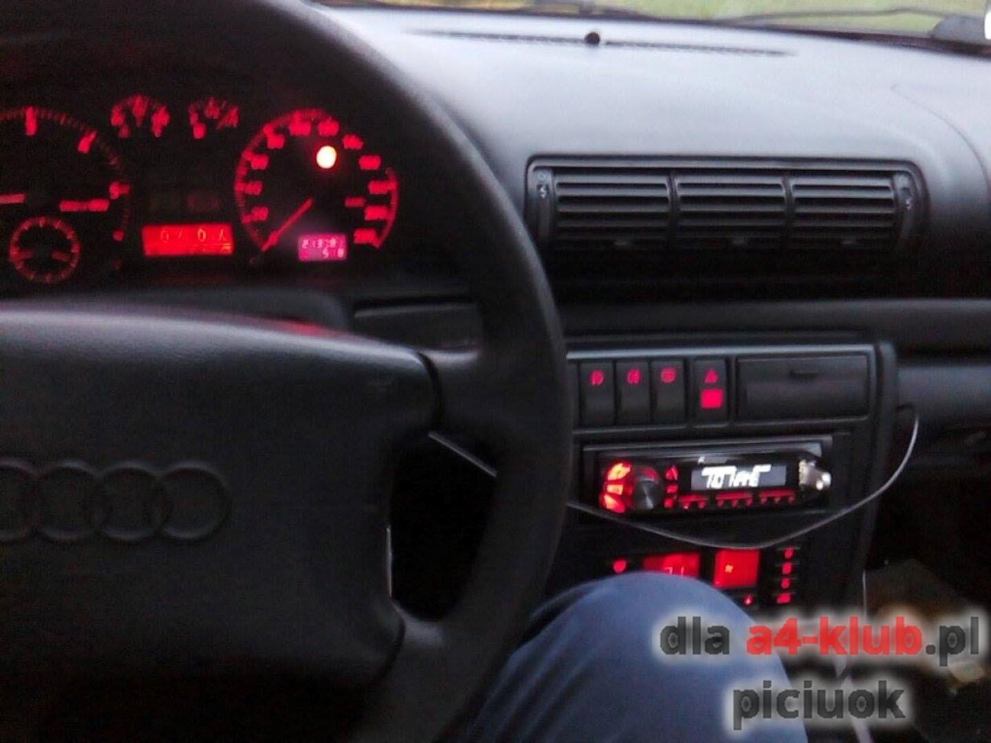 Montaż Uniwersalnego Komputera Pokładowego A4 B5 Audi A4 Klub Polska